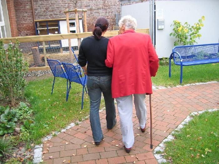 assistance personne âgé