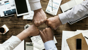 Gestion et management de projet : existe-t-il une différence ?